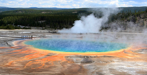 Grand Prismatic Spring at Yellowstone National Park. Photo by Alaskan Dude on Flickr.