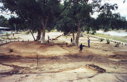 The same riverside park after the flood had receded, 23 April 2000 (photo by A. Jefferson)