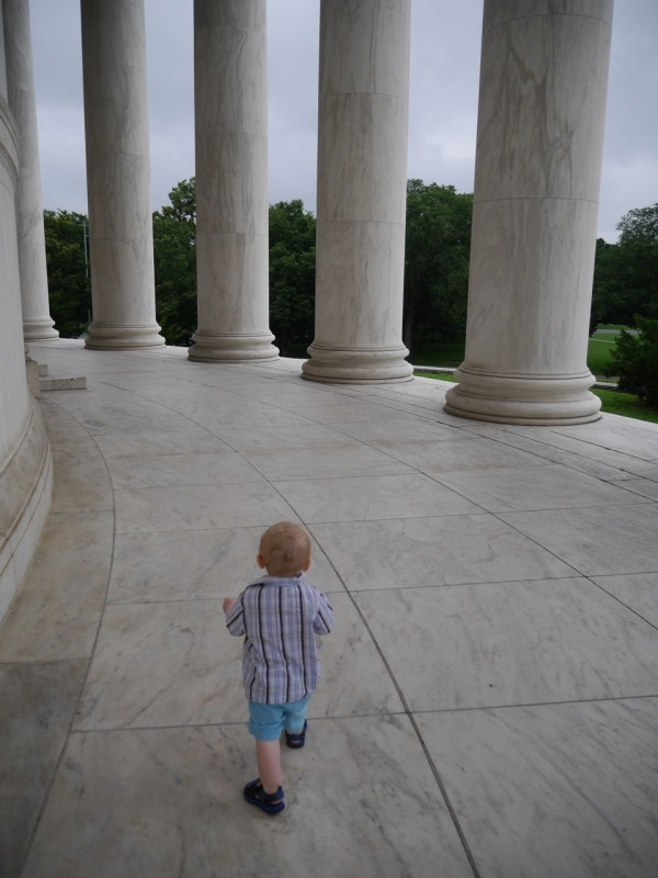 TerraTyke explores the Jefferson Memorial