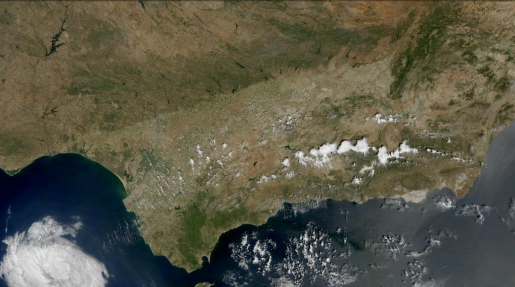 From Wikimedia http://upload.wikimedia.org/wikipedia/commons/5/53/Andalucia_satelite.jpg