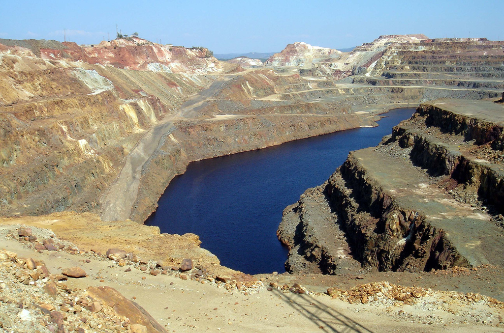 Image of Rio Tinto mines, Andalucia. Image from David Domingo on Flickr under CC